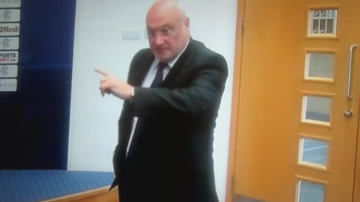 Comedy gold at Rangers Presser today as angry spinmeister Traynor leaves Warburton looking highly embarrassed. https://t.co/Jp1rbUSpIL