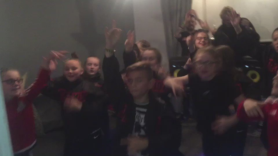 When the kids can't rave so you bring the rave to them! What a day in Belfast ! https://t.co/s9nmXFbTCc