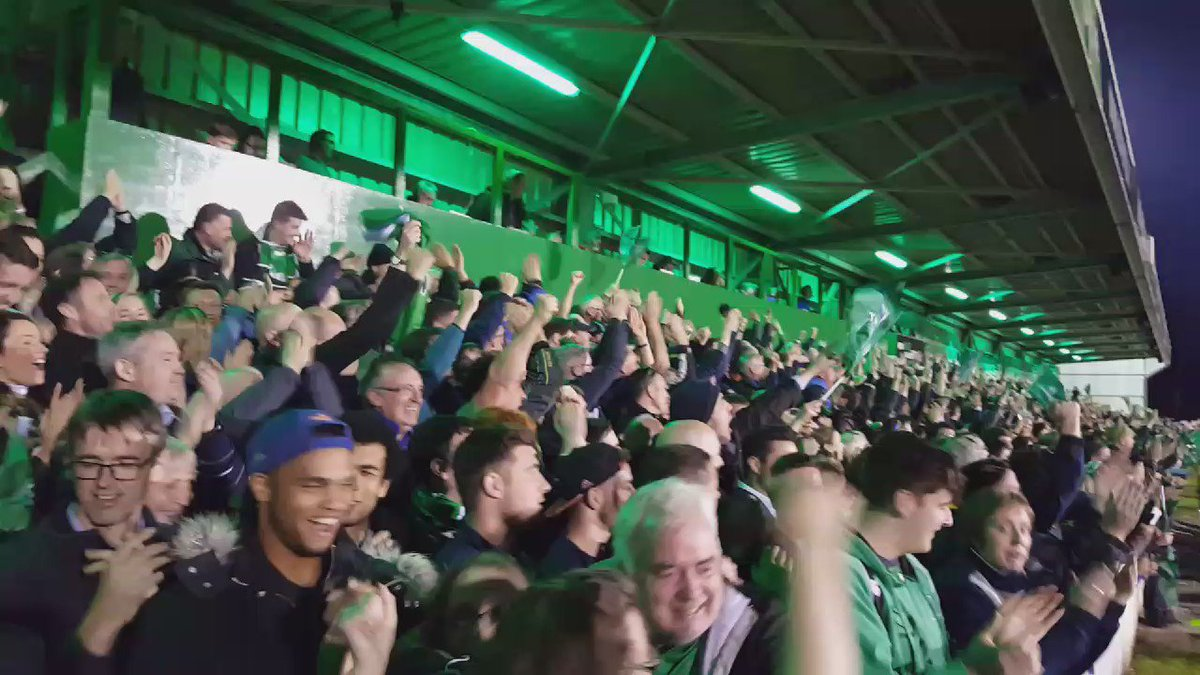Incredible scenes at full time. #CONvTOU #CRLive https://t.co/HIS0Nk13dl