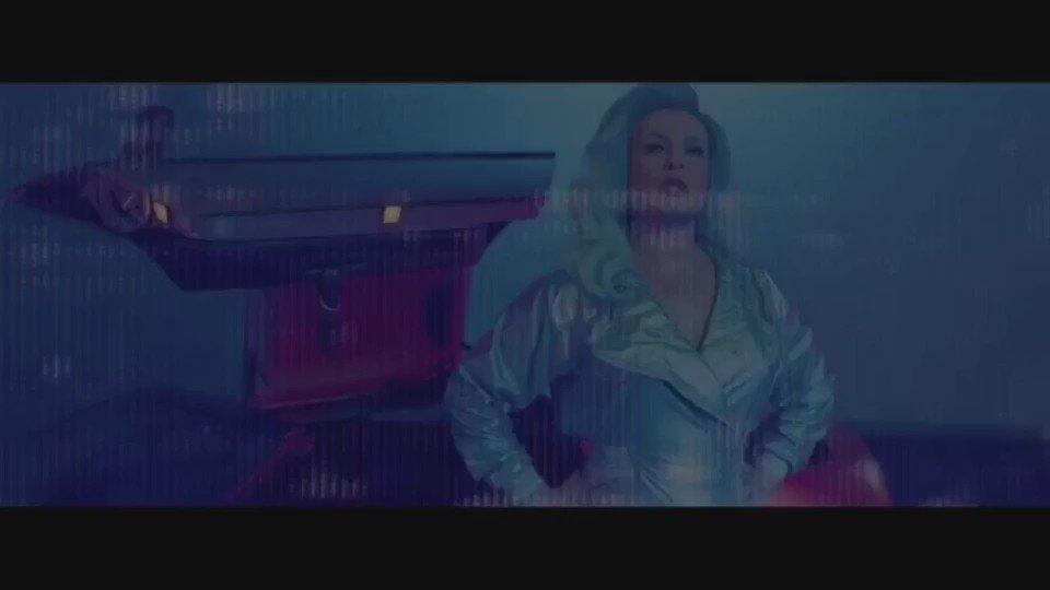 """nuevo vídeo """"Ganas de matar"""" disponible en mi Facebook oficial (link arriba) https://t.co/x28SUVosqi"""