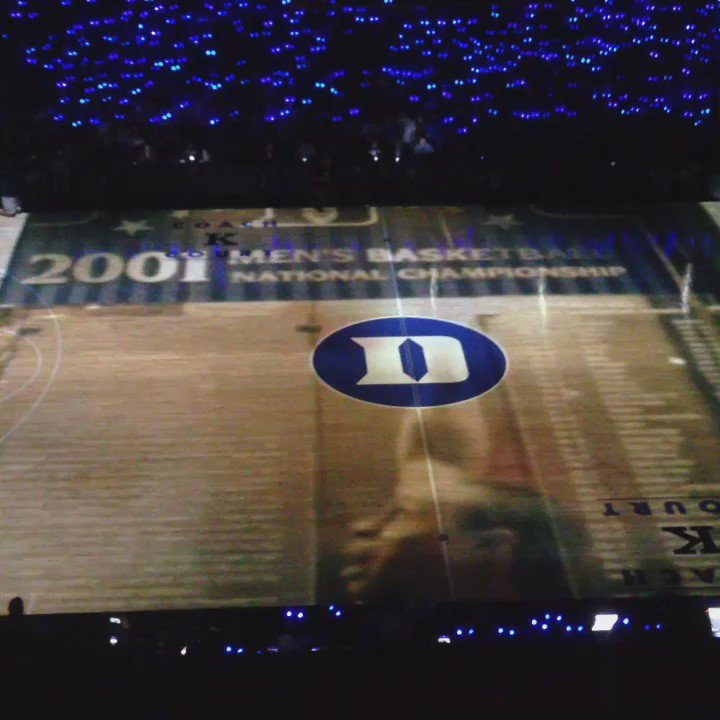 Y'all these graphics for the @DukeMBB intro tonight were