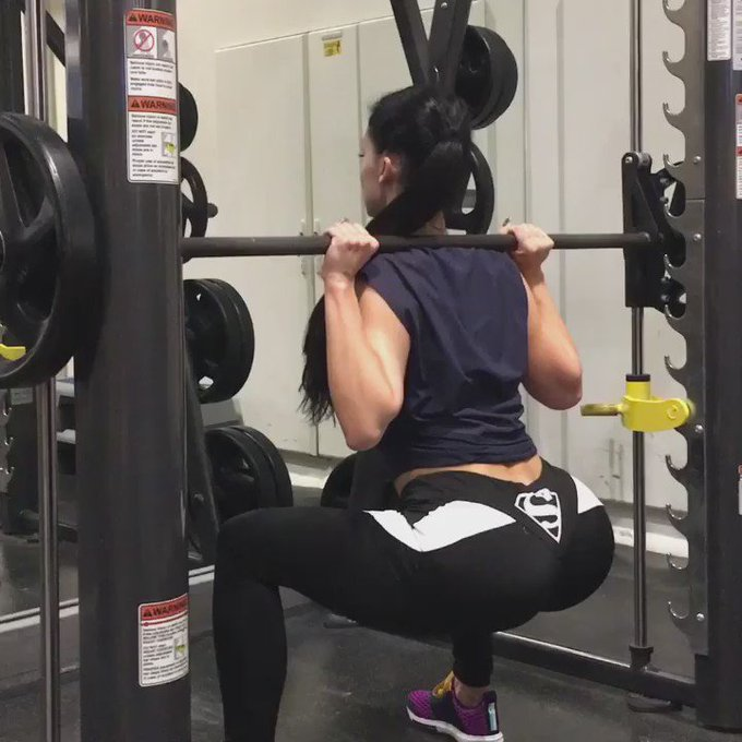 #squat https://t.co/KExfhG2qYt