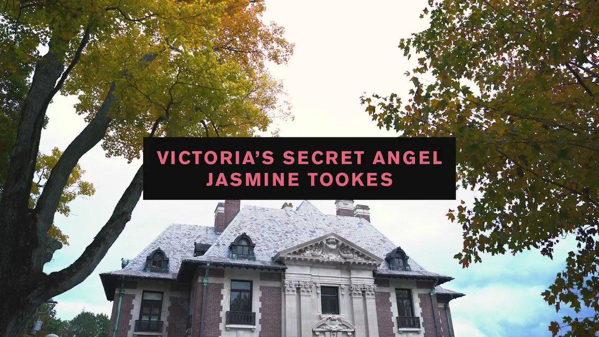 RT @voguemagazine: Now this is how you reveal the 2016 @VictoriasSecret Fantasy Bra! https://t.co/vzeykhkjDJ https://t.co/QREKhfB7Yj