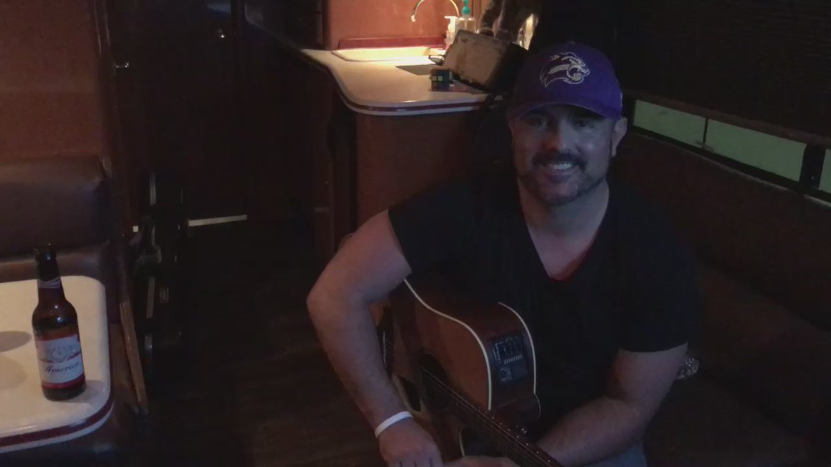 @WCU Homecoming Pre-Game concert this Saturday! 1:30! Cullowhee! @Catamounts @99kisscountry https://t.co/QbrPx6RDaQ