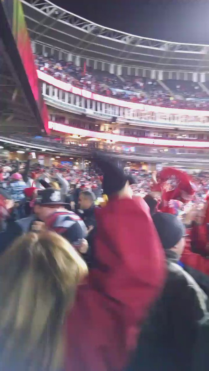 Tribe wins and Progressive Field is LIT! #RallyTogether https://t.co/XsYrSgH6Ja