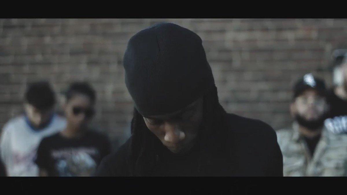 Watch @275YUNGSIMMIE as he brings us #Bucks video off his new album 'Simmie Season 2' https://t.co/PBFTrRobgR https://t.co/LPkZ2v8krk