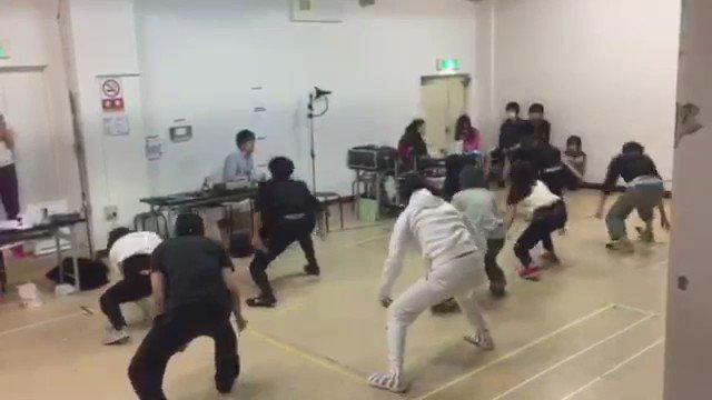 【鬼斬オモシロ動画】とあるダンス稽古の時、同じタイミングで疲れたのか、最後たつきとタイミングがまったく一緒になったwww
