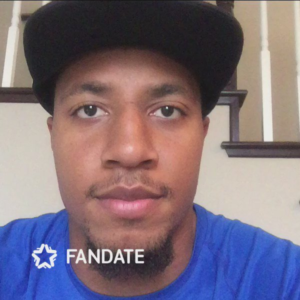 Hi: My live video Talk Show is live on @FanDateApp. Join me now! https://t.co/vtYyhT5LD8 https://t.co/GStGQMBFaz