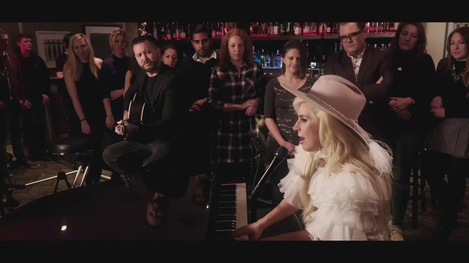 Thank you @AlanCarr! Watch my performance of #MillionReasons and get it on #JOANNE �� https://t.co/aRsHvSC5ls https://t.co/CQgo504C1f