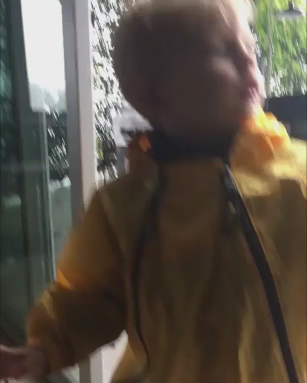 he called this his oompa loompa suit ???????? https://t.co/boXQ7mRLLs