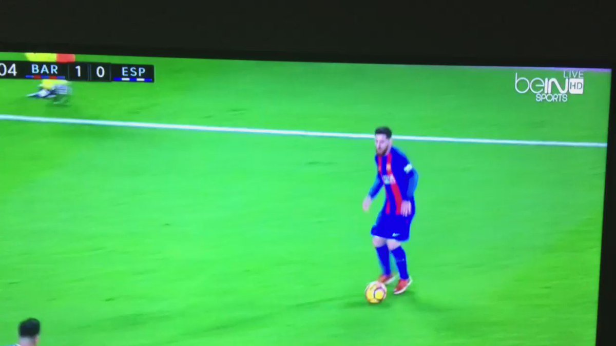 """This is """"out of this world"""" mind boggling from Messi and @andresiniesta8 , sick! https://t.co/UOV8d2I7xb"""