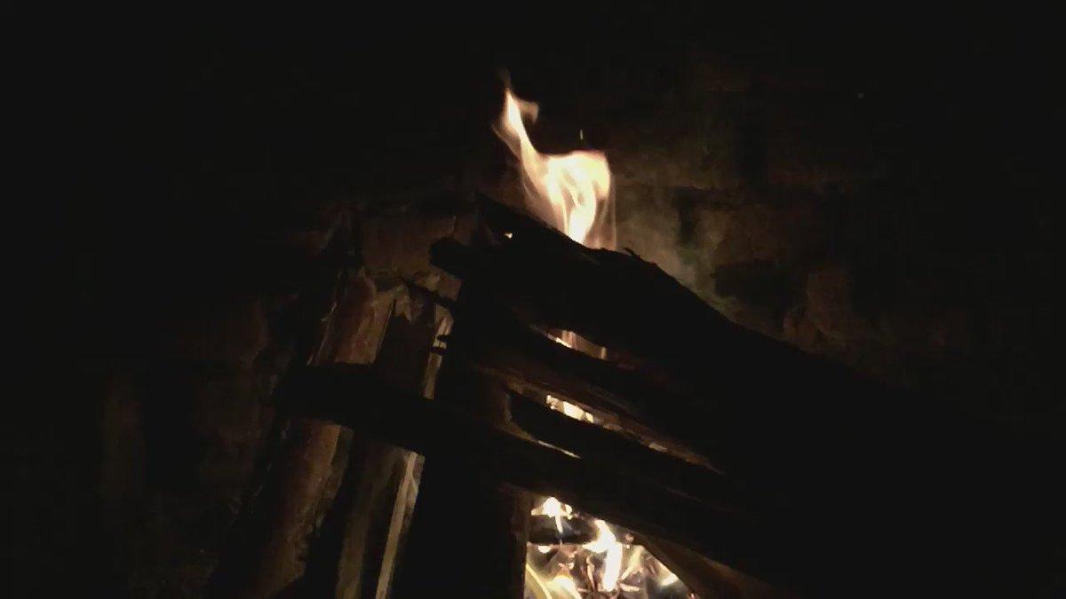 Step 1) Build fire Step 2) Warm hands Step 3) Take slow-motion video because it looks soooo coooooool https://t.co/gOSNVi7rN9