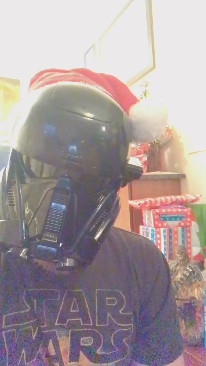 How does Darth Vader always know what Luke got him for Christmas? https://t.co/nPBAjhm6Bf