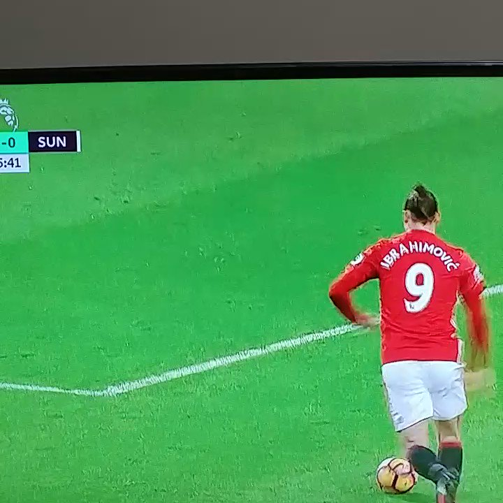 Big goal from Mkhitaryan https://t.co/rU3iZiz3lu