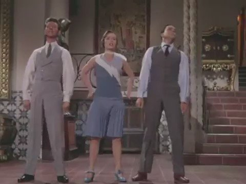 Singing in The Rain is one of my absolute favorite movies. This scene always cheered me up no matter what I was feeling. #DebbieReynolds https://t.co/JIFvpByfGW