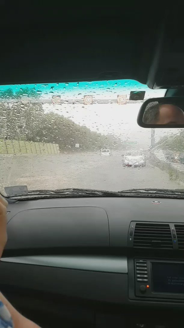 Heavens! RT @mspecht: RT @msusa9: #melbweather Flooding on eastern freeway https://t.co/yvyIZTGSUX