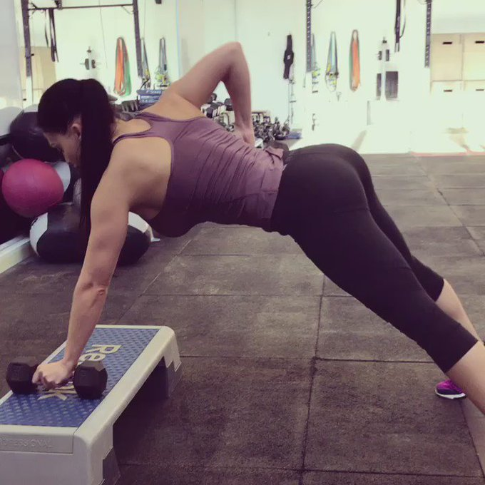 Gym time #fitness #gym #fitgirl #fitlife #NoPainNoGain https://t.co/vFyQiSrBBr