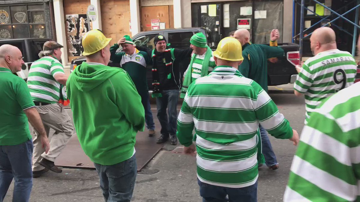 @PloughBhoysCSC celebrating the 2-1 victory over *Rangers. https://t.co/j05i49hUkW