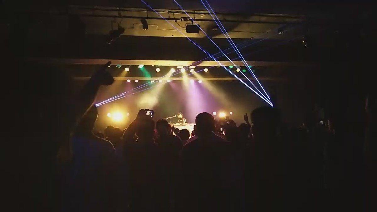 私は今日Hotel Moonside Nhato remixを聴くために来ていたのですよ…最高か… https://t.co/BcjpXMbkzn