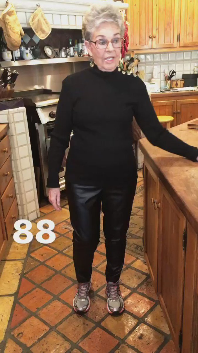 My Mom Lois dancing her way into 2017! Yes she is 88!!! ❤ https://t.co/WPWpZfEwXY