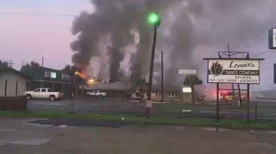 Cajun Critters in Houma caught fire this morning. Video by Al Hebert. https://t.co/0Z8Ffy0HA4