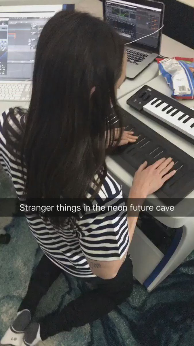 Thank u @WeAreROLI for giving me more fun in my life #neonfuturecave https://t.co/RtYACld89v