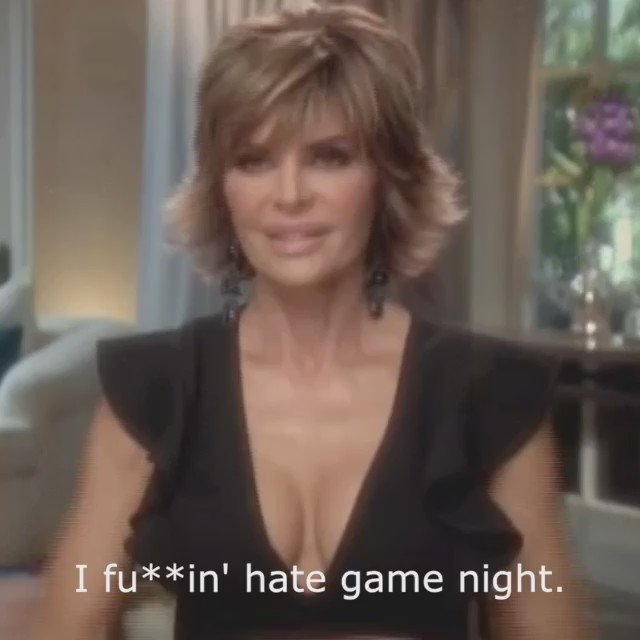 Enjoy the show tonight! #RHOBH 9pm @Bravotv ❤???????? https://t.co/dXrG5Jbeh1