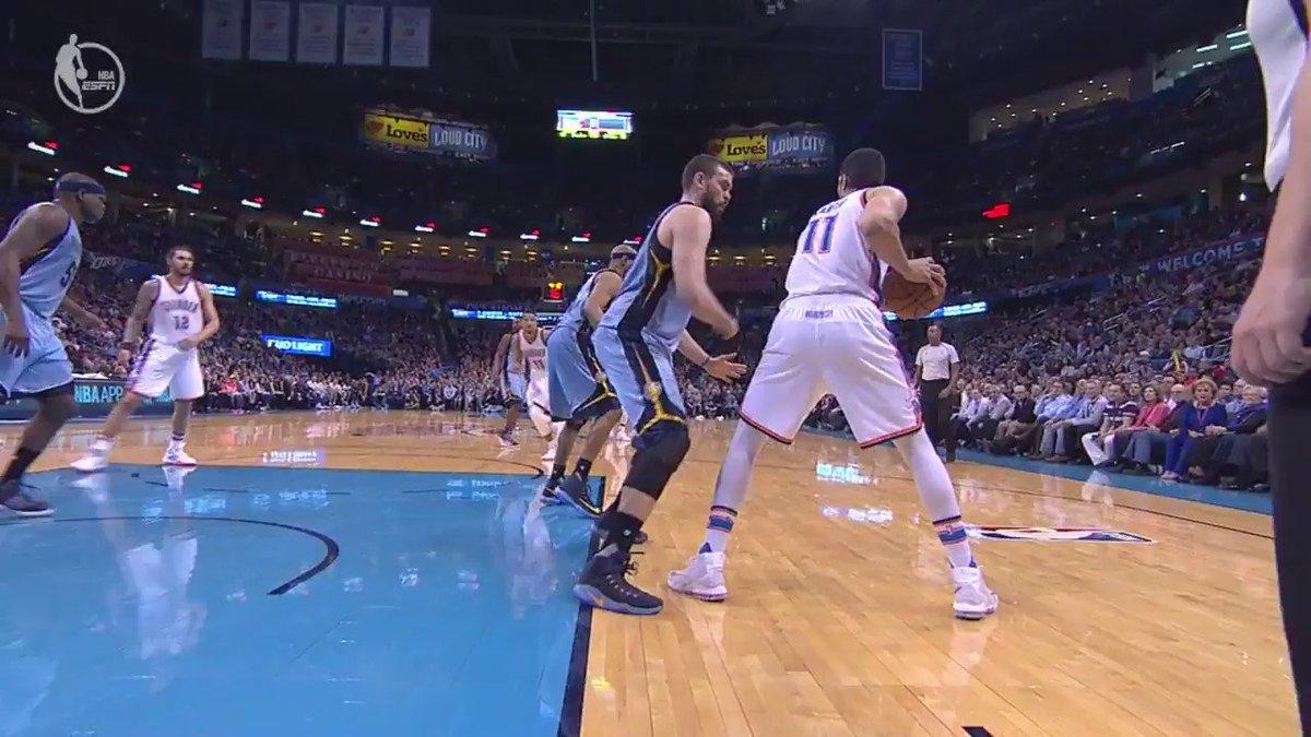 The big man battle is going down in OKC! #NBARapidReplay @ESPNNBA   #ThunderUp https://t.co/xdbwliNlxJ