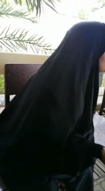 """""""المشتكى الى الله منك يا حمد""""  رسالة أم الشهيد الأستاذ عباس السميع لطاغية #البحرين المجرم حمد ال خليفة  #Bahrain https://t.co/hYGcnnsXEN"""