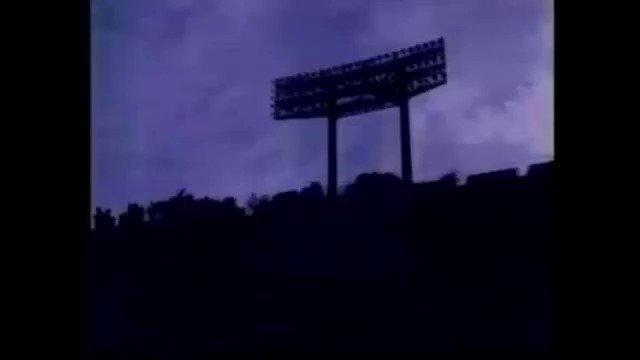 現在TOKYO MX、MBS、BS11などで放送されているラグビーアニメ「ALL OUT!!」のEDで「ノーサイド」のカ