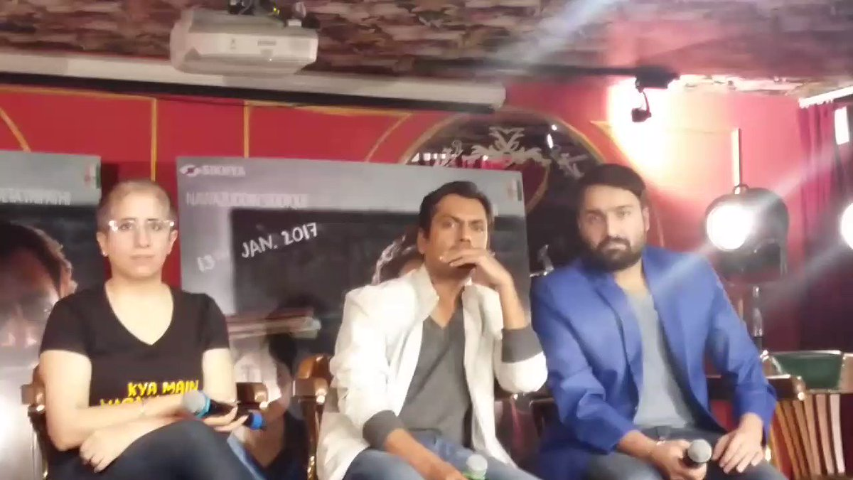 . VIDEO @Nawazuddin_S says 'If An actor like @iamsrk says such good things it's a Compliment for me'