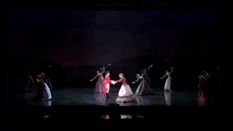 ちぎみゆの大劇場お披露目のルパン三世と退団公演幕末太陽傳どちらも演出は小柳先生意識なさったかどうかはわからないけど歌詞が