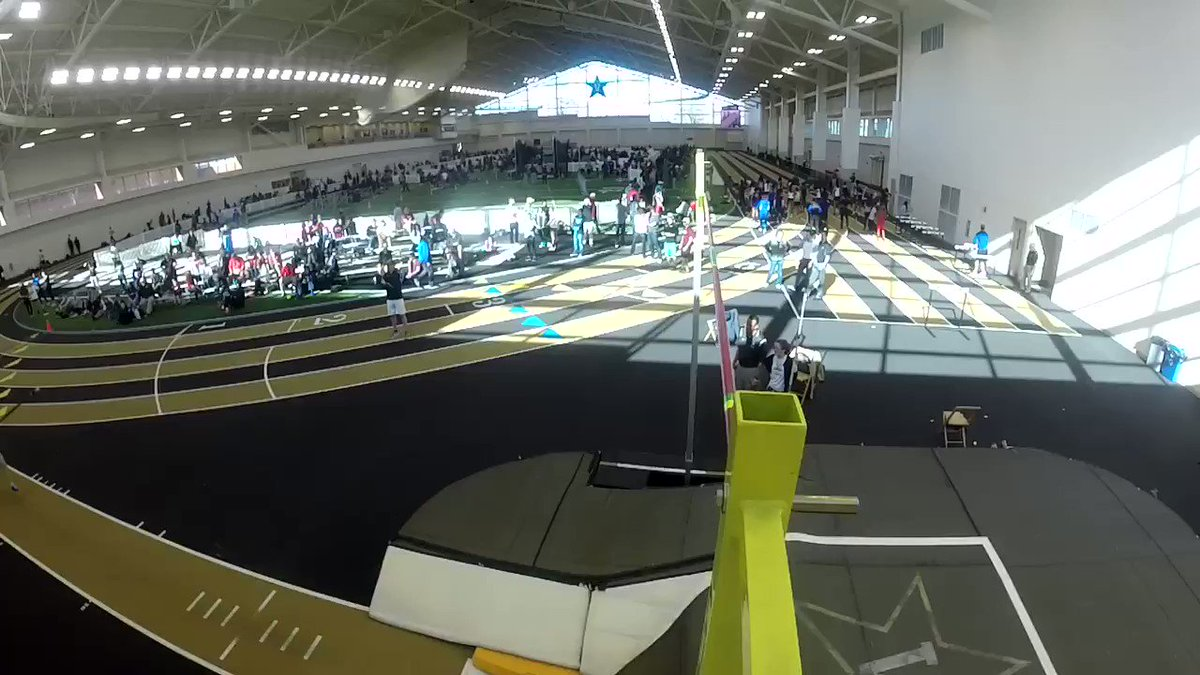 RT @vandyxctrack: Overhead view of pole vaulter Caleigh Lofstead clearing the bar #GoDores https://t.co/WiLOAb58vN