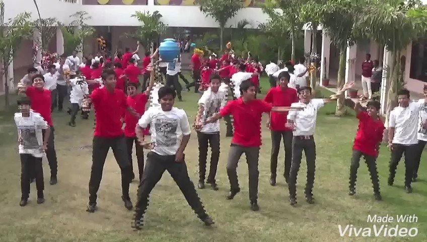 'System Hil Gaya' gets everyone grooving!! Fantastic craze among fans. #7DaysToHKNKJ