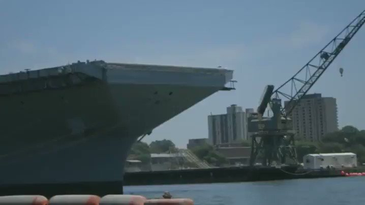 MEDIA: Trucks launched off USS Gerald Ford aircraft carrier to test its jet catapult system https://t.co/DGfETzdtaa