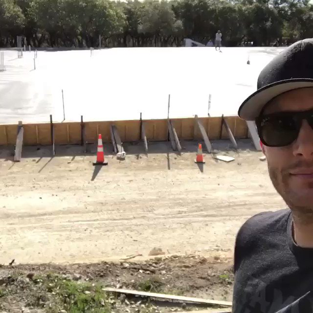 The Family Business Beer Company is coming to life! Jensen just posted this video on @TheFamilyBeer Instagram! https://t.co/BPGz8maD3z