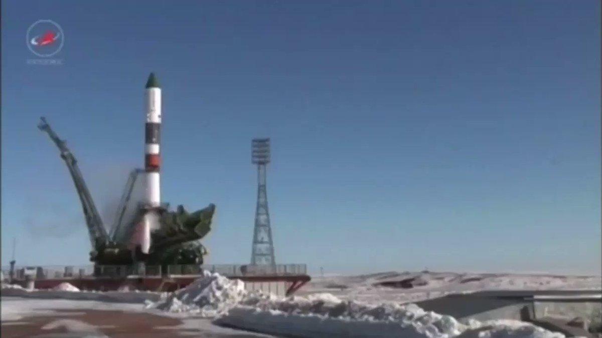 Мощь и красота: ракета-носитель 'Союз-У', прослужившая 44 года, стартовала в последний раз