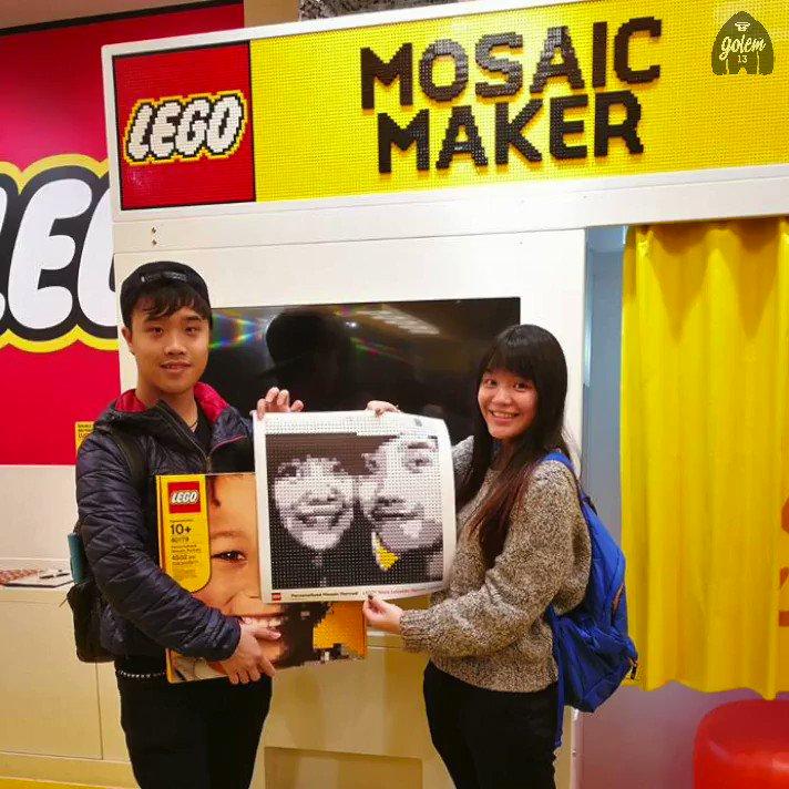 La cabine photo qui réalise votre portait en vraies briques LEGO https://t.co/zRaEEZmpJn (2000 briques)