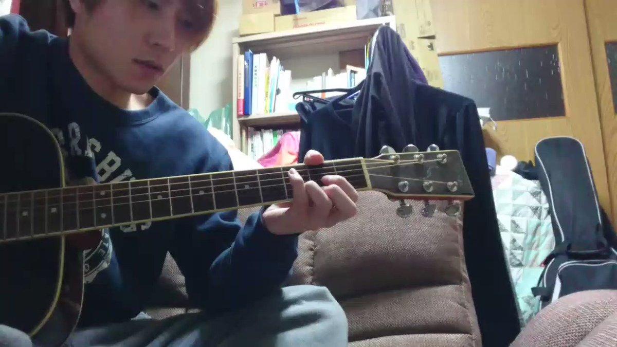 実家なうです!メンバー募集正式にしてないんですけど個人的にギタリスト欲しいんで、こういうアルペジオに格好エモいいやつ重ね