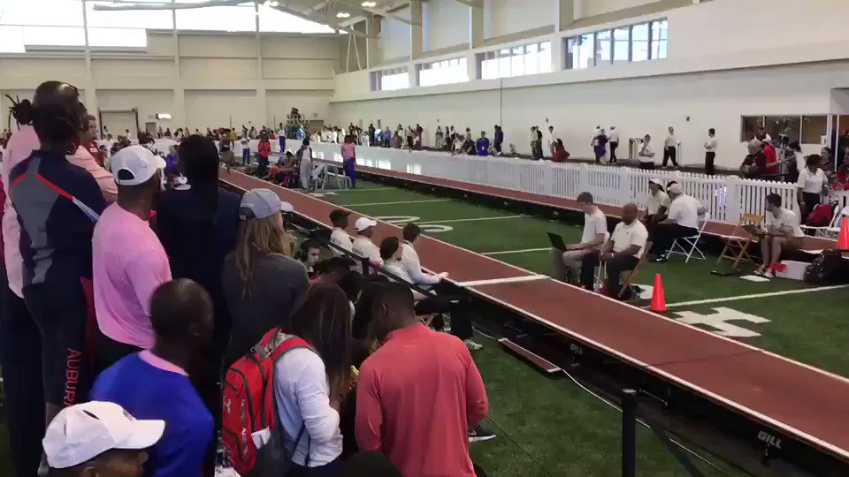 RT @vandyxctrack: Simone's third jump is an improvement! Her new season-high mark is 44' 2.50