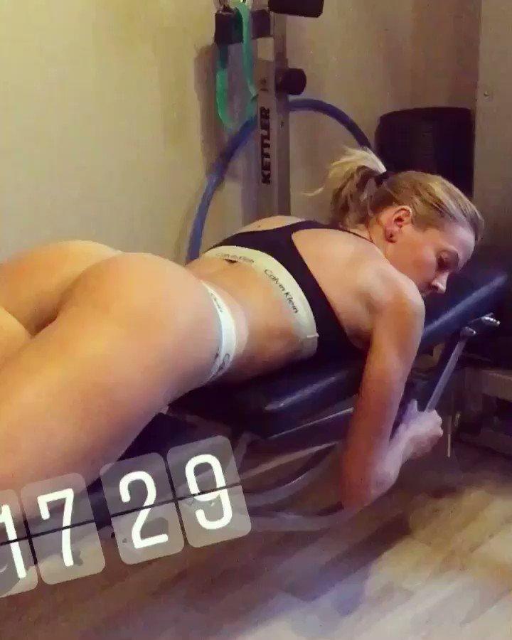 Sexy Ass Workout 💪🏻 VOkzNFdkmY