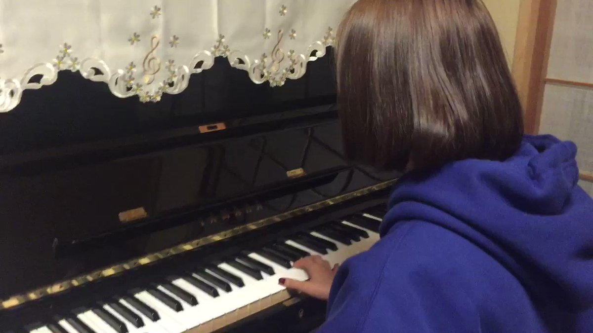 #ハウルの動く城 #人生のメリーゴーランド 弾いてみました〜🦄練習してもしても難しいな〜😅#Piano 🎹#GIRLFR
