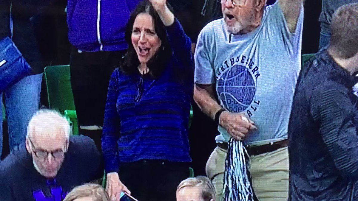 Julia Louis-Dreyfus likes this Northwestern start. Wildcats up 14-5. #marchmadness https://t.co/Y5R6Ii0Oti