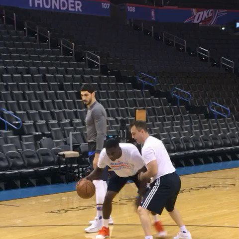 Vic Oladipo & Enes Kanter get loose for the @okcthunder... facing the @warriors tonight on TNT. #ThunderUp https://t.co/OFkVuv0G3f