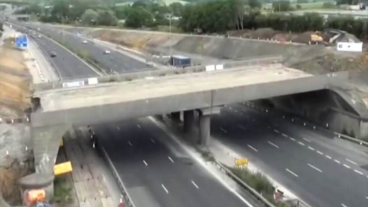 VIDEO: Bridge demolition and highway repair completed in fifteen hours in the UK