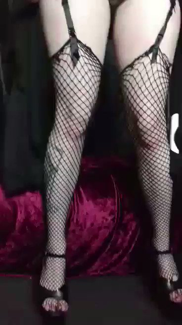 Little dancy dance https://t.co/1nuywEcSDY