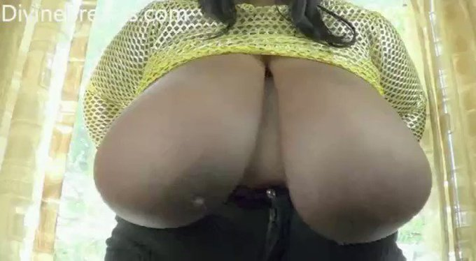 Cotton Candi Ebony #bbw #bigboobs see more at https://t.co/TYfE0GALCs https://t.co/NIufgsnnYN