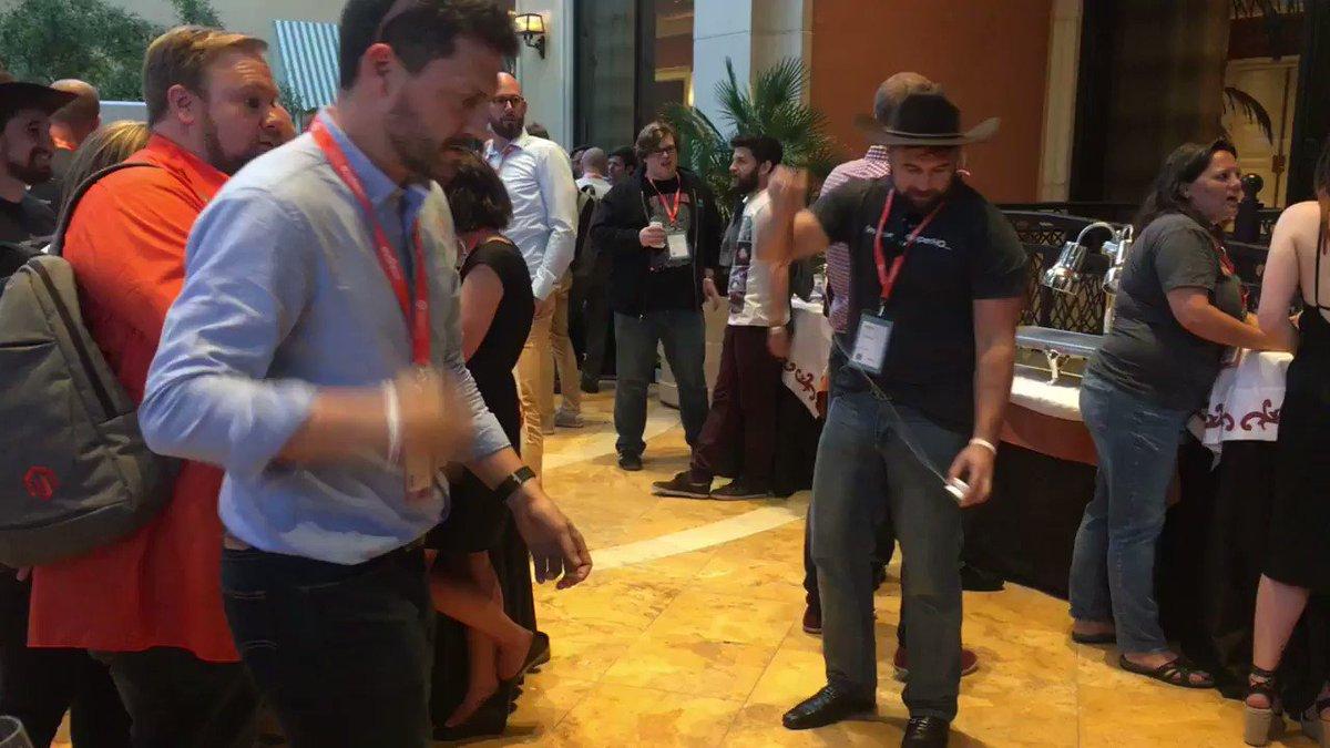 atwixcom: Rolling at #preimagine with @ignacioriesco and @interactiv4 #Magentoimagine https://t.co/thi2EZxuY2