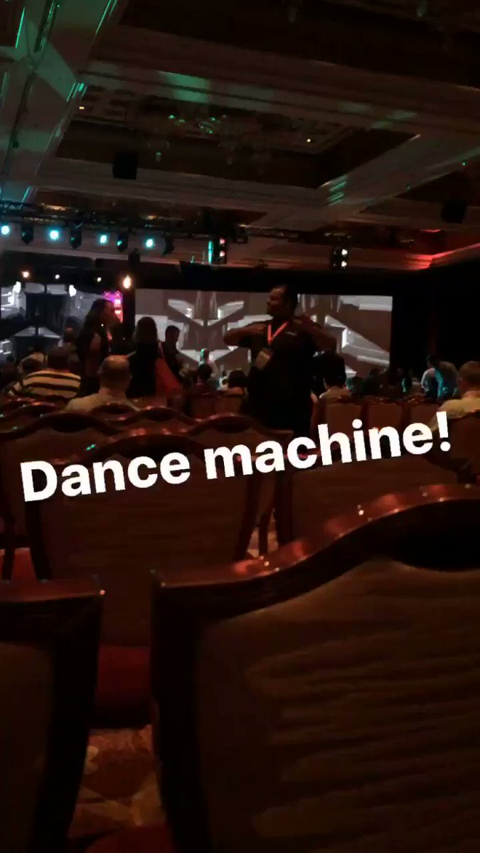 magento_rich: This guy is amazing! Dancing and directing people to their seats. Hasn't stopped yet. #Magentoimagine https://t.co/tNcaPCzLSV