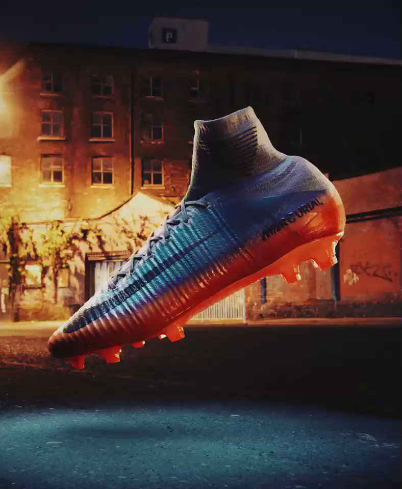 From Manchester to Madrid, scoring ��⚽ #Mercurial available on https://t.co/F9ISEcs3Pr @nikefootball https://t.co/DVbgQxcnJA